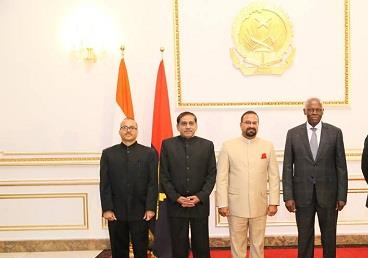 H. E. Mr. Sushil Kumar Singhal, Ambassador of India in Angola presenting credentials to H. E. Mr. José Eduardo dos Santos , President of the Republic of Angola