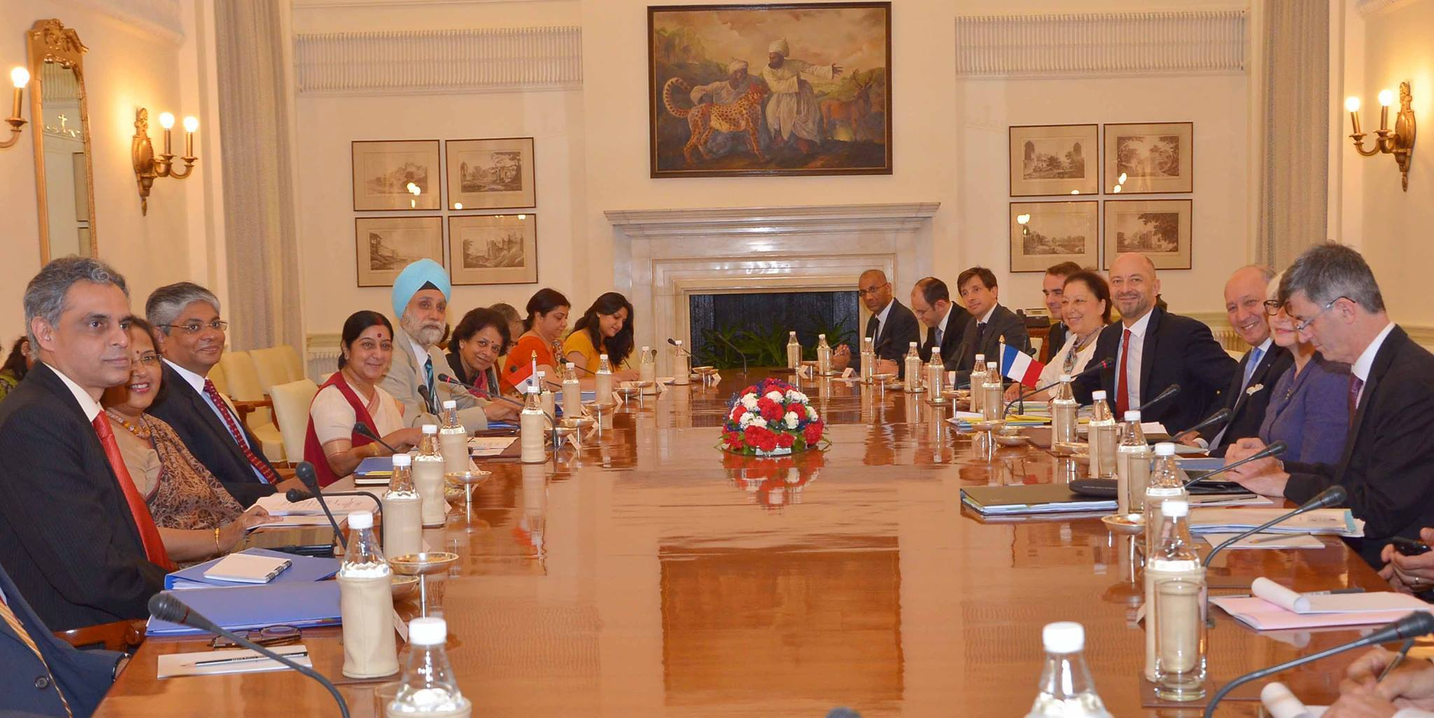 Mea indian missions abroad indian mission for Consul external service