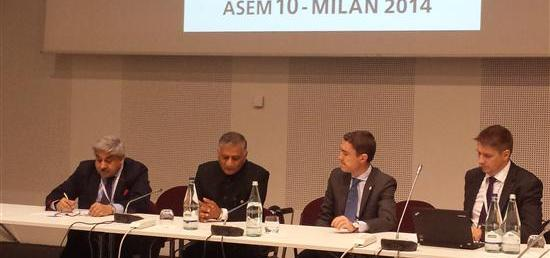 Minister of State for External Affairs meeting Prime Minister Taavi Ròivas of Estonia on the sidelines of the 10th Asia Europe Meeting (ASEM) in Milan, Italy