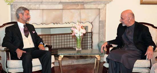Foreign Secretary calls on President Ashraf Ghani during his visit to Afghanistan as a part of SAARC Yatra
