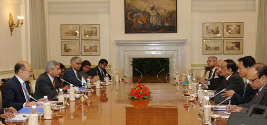 Foreign Secretary meeting with Foreign Secretary Mohammad Shahidul Haque of Bangladesh in New Delhi