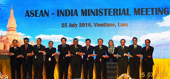 Group photo at the ASEAN - India Ministerial Meeting in Vientiane, Laos