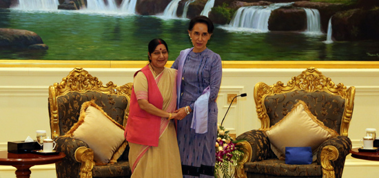 External Affairs Minister meets Daw Aung San Suu Kyi, State Counsellor ​and​ Foreign M​inister of Myanmar in Nay Pyi Taw
