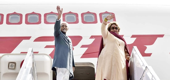 The Vice President, Shri M. Hamid Ansari and Smt. Salma Ansari emplane for a five-day visit to Armenia and Poland from New Delhi