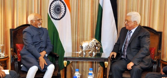Vice President calls on Mahmoud Abbas, President of the State of Palestine in New Delhi
