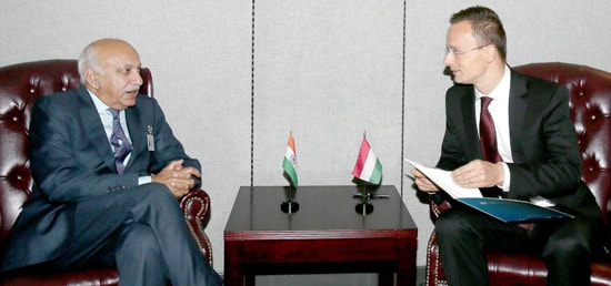 M J Akbar, Minister of State for External Affairs meets Péter Szijjártó, Hungarian Minister of Foreign Affairs and Trade on the sidelines of 72nd Session of UNGA in New York