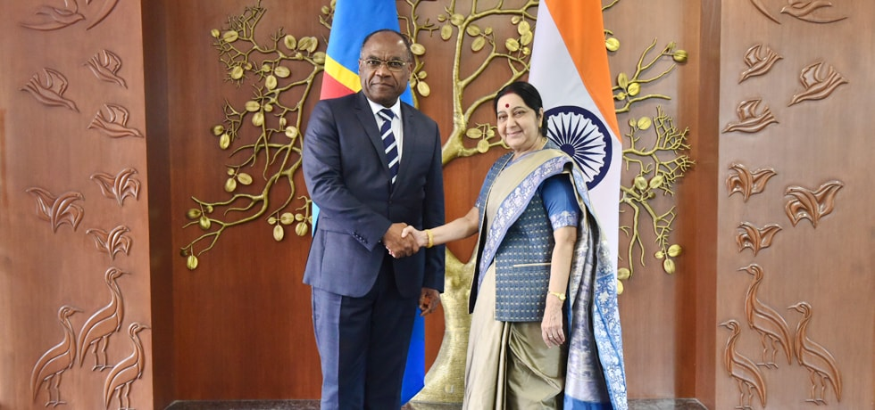 External Affairs Minister meets Leonard She Okitundu, Vice Prime Minister and Minister of Foreign Affairs of Democratic Republic of Congo in New Delhi