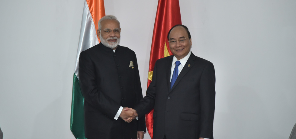 Prime Minister meets Nguyen Xuan Phuc, Prime Minister of Vietnam in Manila