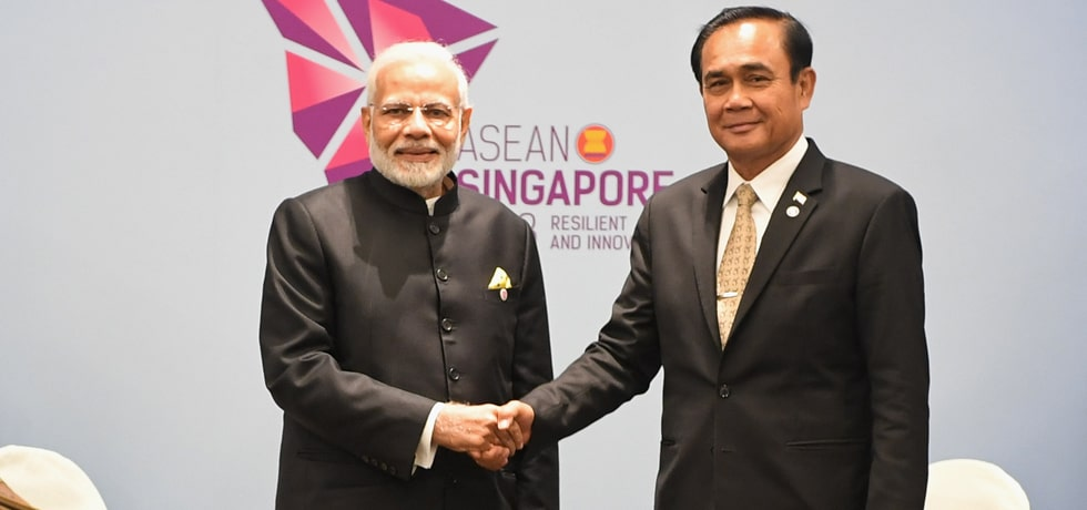 Prime Minister meets Prayut Chan-o-cha, Prime Minister of Thailand in Singapore