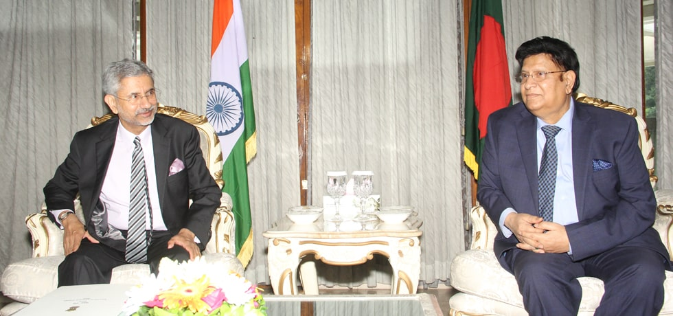 External Affairs Minister meets Dr. A. K. Abdul Momen, Foreign Minister of Bangladesh in Dhaka