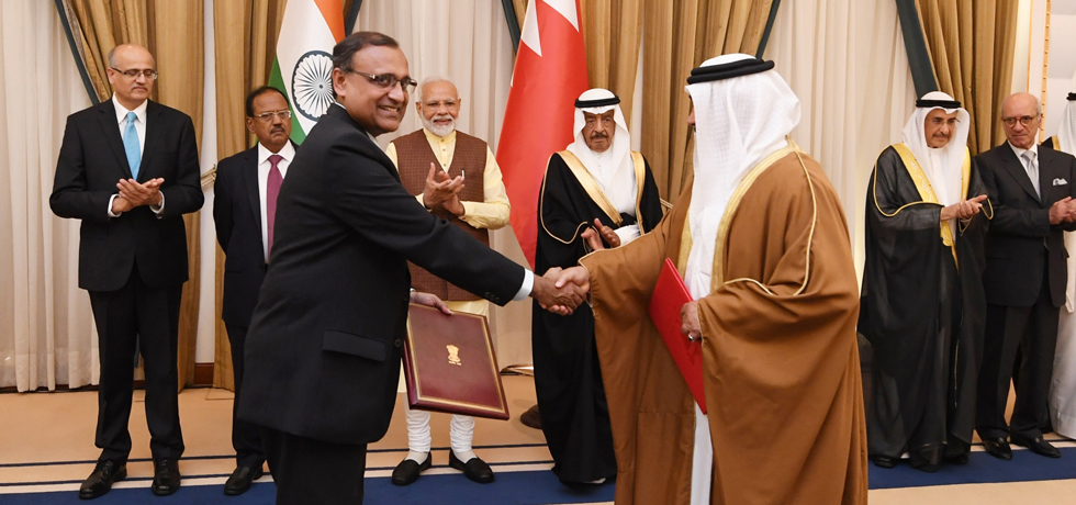 Prime Minister and Prime Minister of Bahrain witness Exchange of Agreements at Al Gudaibiya Palace in Manama