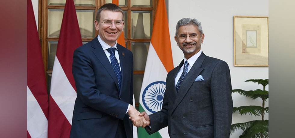External Affairs Minister meets Edgars Rinkevics, Minister of Foreign Affairs of Latvia at Hyderabad House, New Delhi