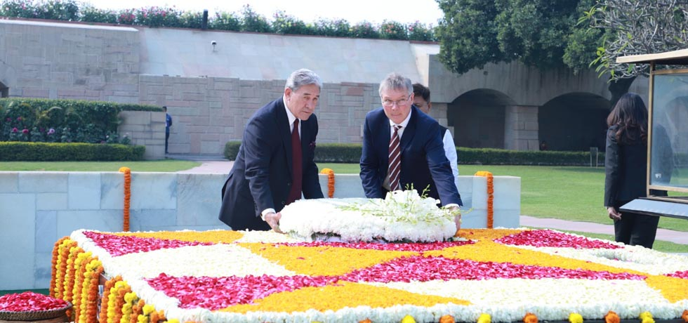 Winston Peters, Deputy Prime Minister and Minister of Foreign Affairs of New Zealand lays wreath at the Samadhi of Mahatma Gandhi at Rajghat, New Delhi