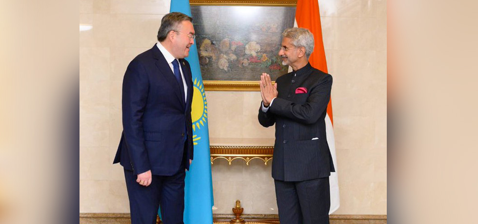 External Affairs Minister meets Mukhtar Tileuberdi, Foreign Minister of Kazakhstan in Moscow