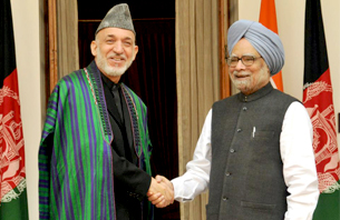 Prime Minister with President of Afghanistan Mr. Hamid Karzai at New Delhi (November 12, 2012)