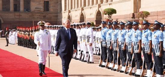 Mohd Najib Bin Tun Abdul Razak, Prime Minister of Malaysia inspects guard of honour during ceremonial reception at Rashtrapati Bhavan in New Delhi