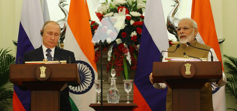 Prime Minister delivers his Press Statement during visit of Vladimir Putin, President of Russia to India