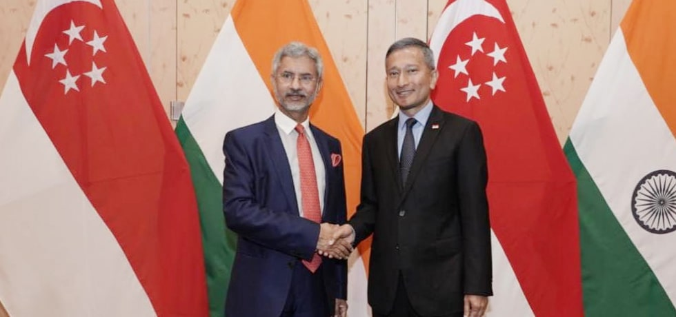 External Affairs Minister meets Vivian Balakrishnan, Minister for Foreign Affairs of Singapore at 6th Joint Ministerial Commission in Singapore